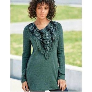 Signature weekend scarf blouse L